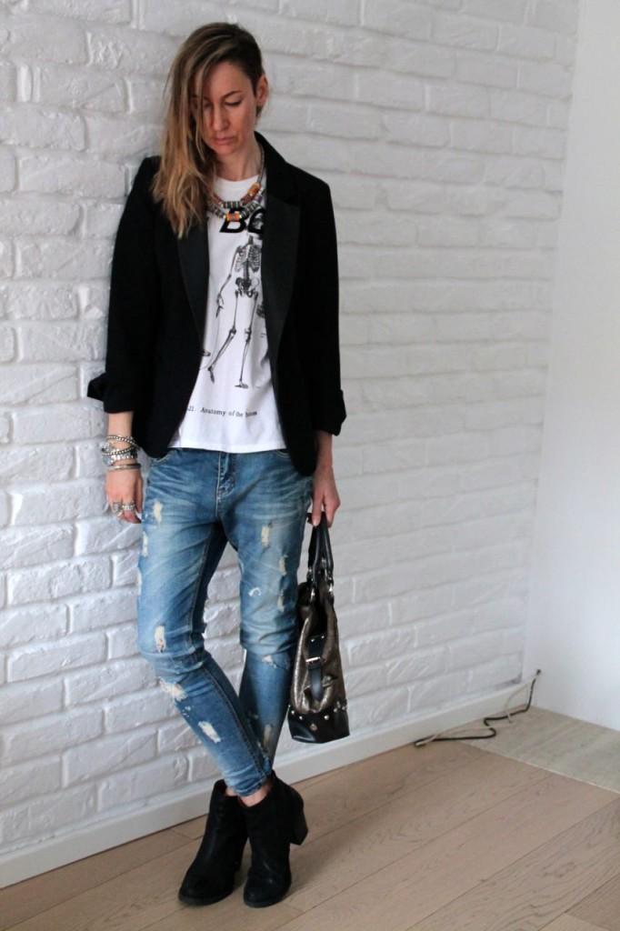 DJ & jeans