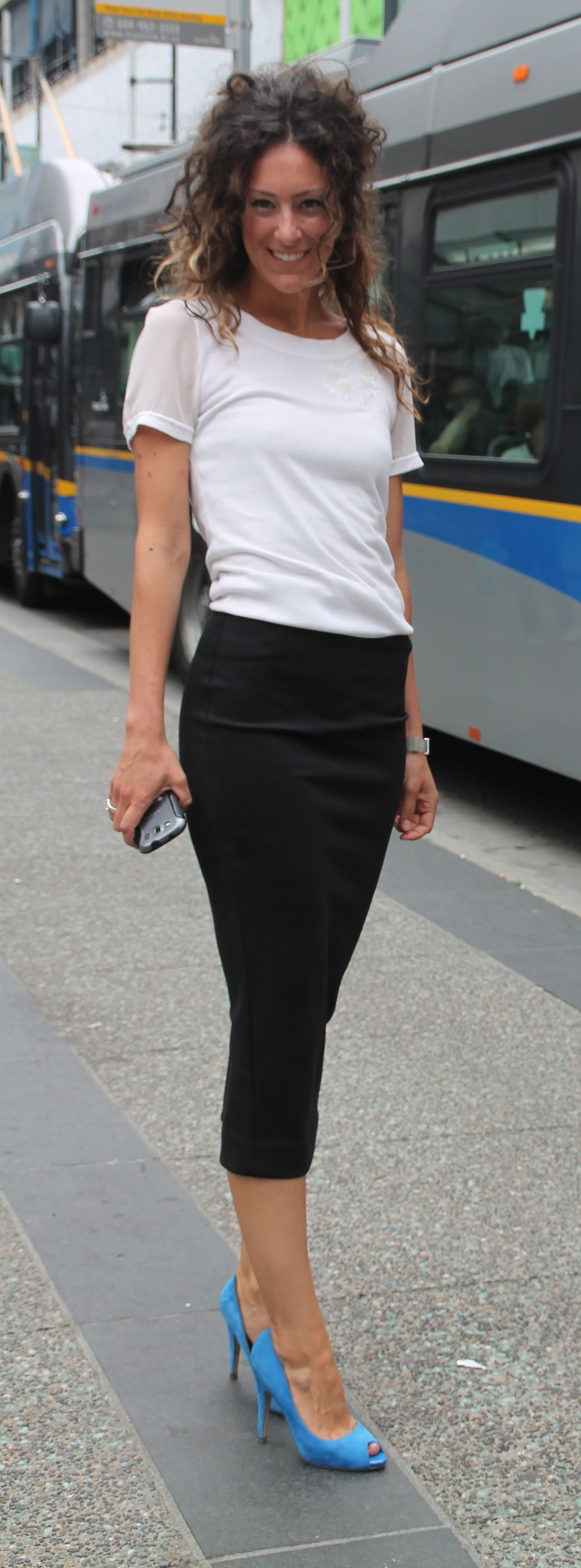 Black pencil skirt and black shirt – Modern skirts blog for you